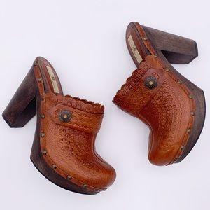 MIA LIMITED EDITION Vintage Boho Leather Clogs 9M